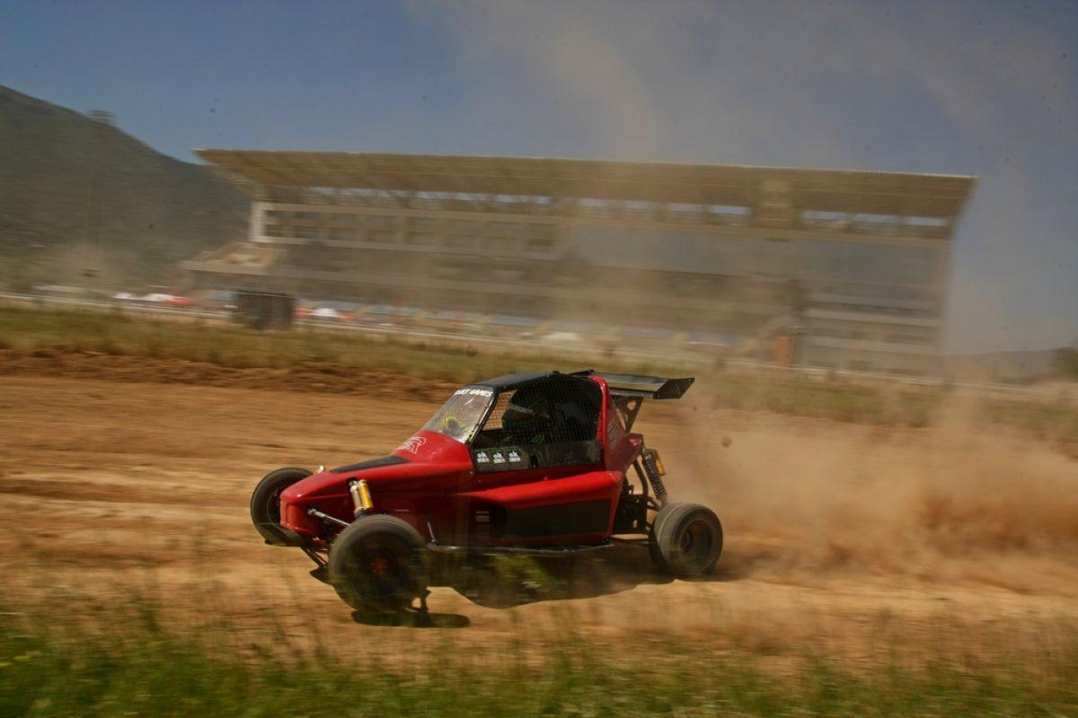 «Πρόβα τζενεράλε» των Dirt Games στον Ιππόδρομο